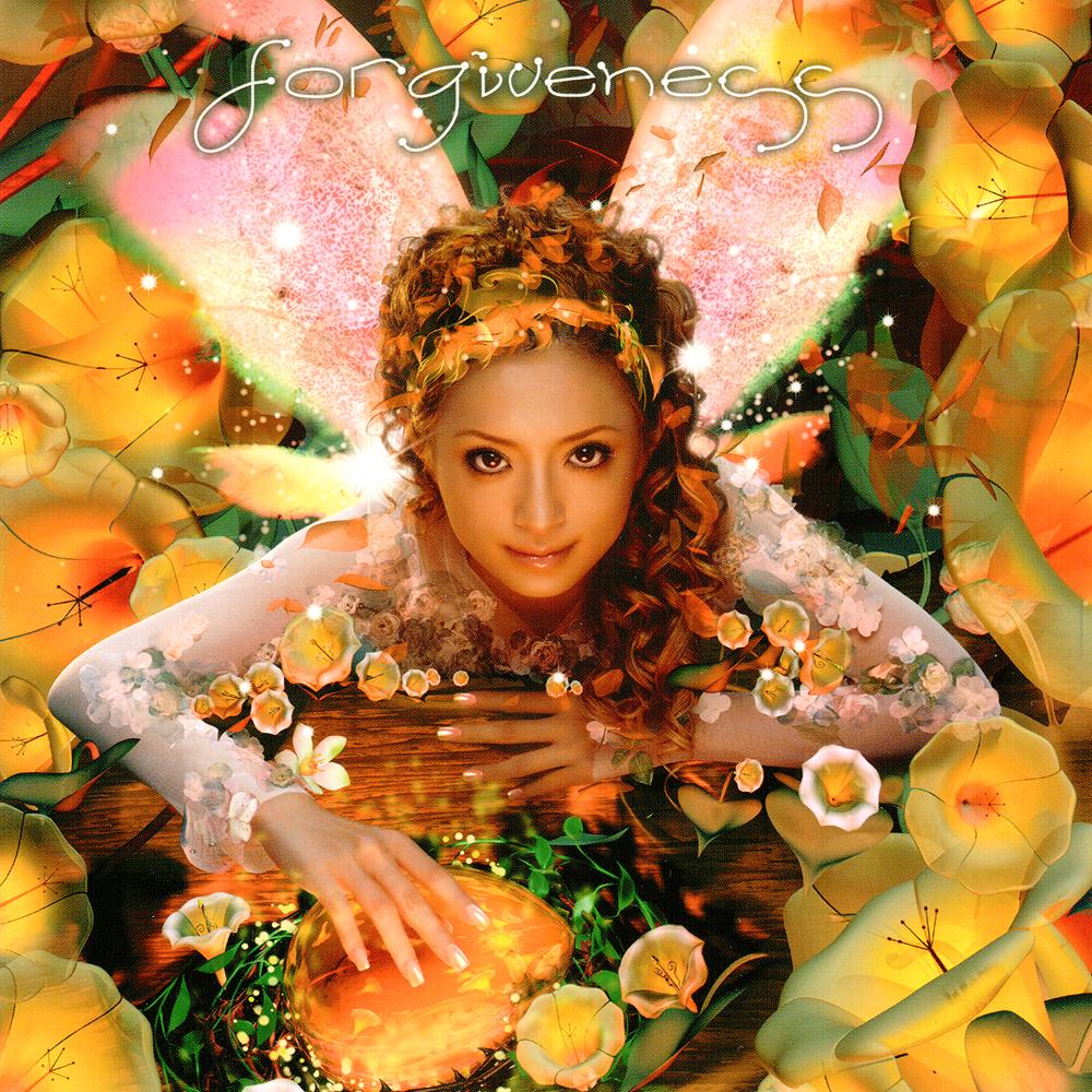 鮮やかな花の中でたたずむ妖精のような浜崎あゆみ